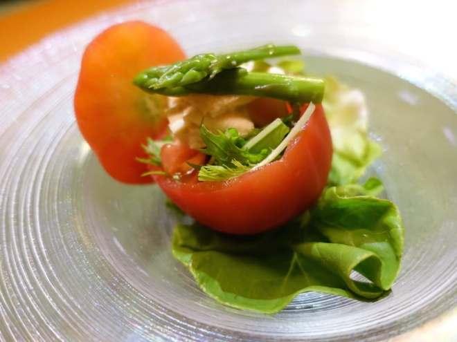 vegetarian kaiseki tomato and asparagus salad