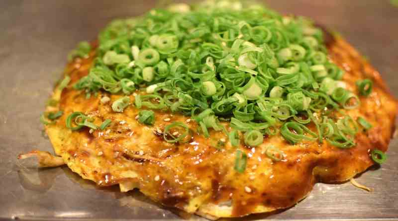 hiroshima soul food okonomiyaki japan