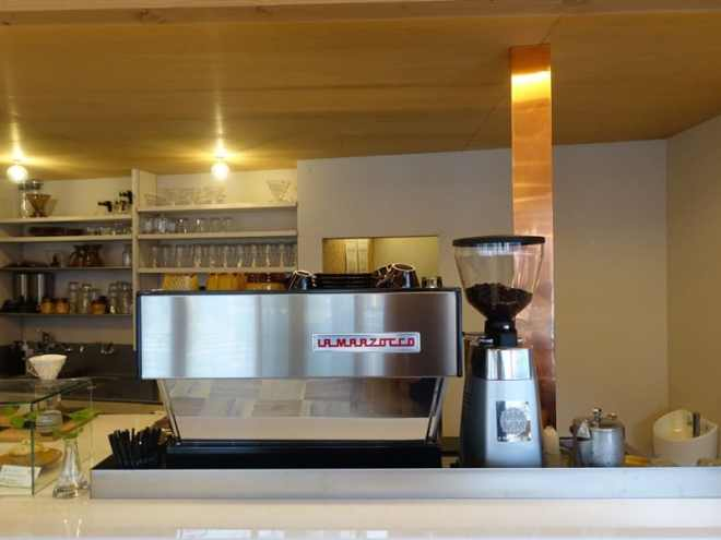 cafe luster in ushita, hiroshima - espresso machine