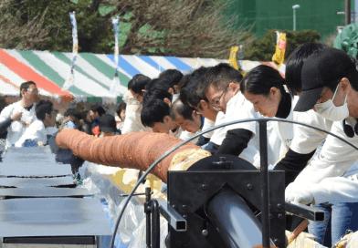 World Record-breaking Baumkuchen Baking in Ujina