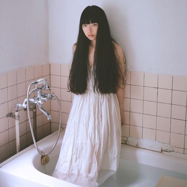 [Single] 青葉市子 (Ichiko Aoba) – 海底のエデン [FLAC + AAC 256 / WEB] [2020.09.02]