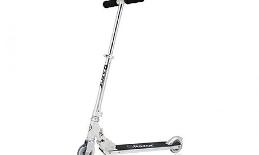 Save 30% on the Razor A4 Kick Scooter!