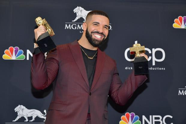 "Drake Affirms He's In ""Album Mode"" With A Series Of Photos"