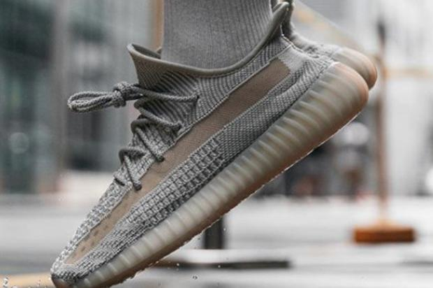"Adidas Yeezy Boost 350 V2 ""Lundmark"" Coming Soon, On-Foot Photos"