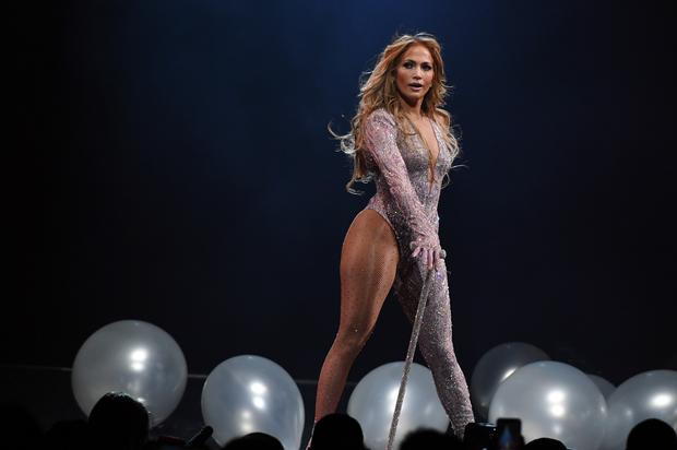 Jennifer Lopez Entertains Idea Of Performing At The Super Bowl Halftime Show