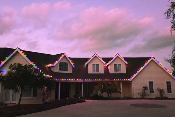 multi-color-christmas-lights-encinitas