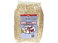 Quick-cooking oats: healthy and low calorie food