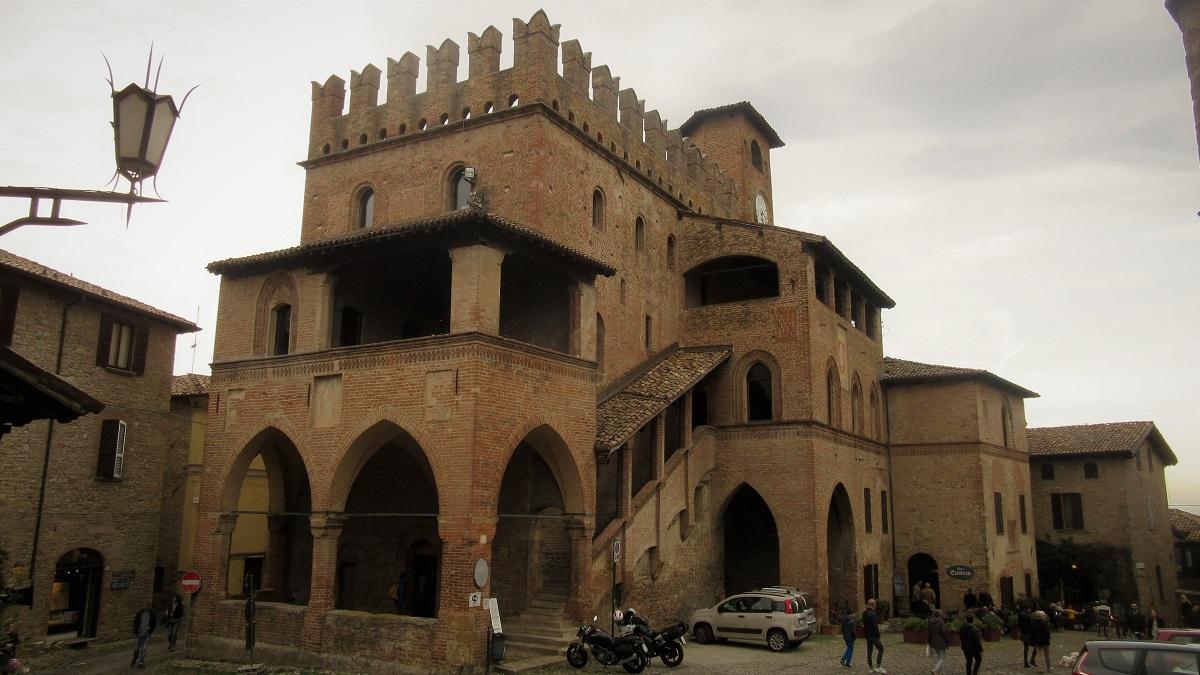 Il palazzo del podestà