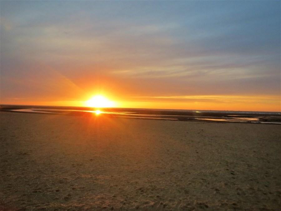Tramonto sulle lunghe spiagge olandesi