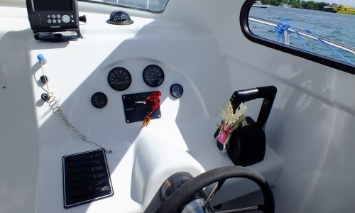 wheelchair hire bali reading chairs uk 39 rizio private boat charter in indonesia