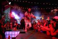 "LOS ANGELES, CA - NOVEMBER 10: Erick Arc Elliott of Flatbush Zombies performs onstage at MTV's ""Wonderland"" LIVE Show on November 10, 2016 in Los Angeles, California. (Photo by Randy Shropshire/Getty Images for MTV) *** Local Caption *** Erick Arc Elliott"