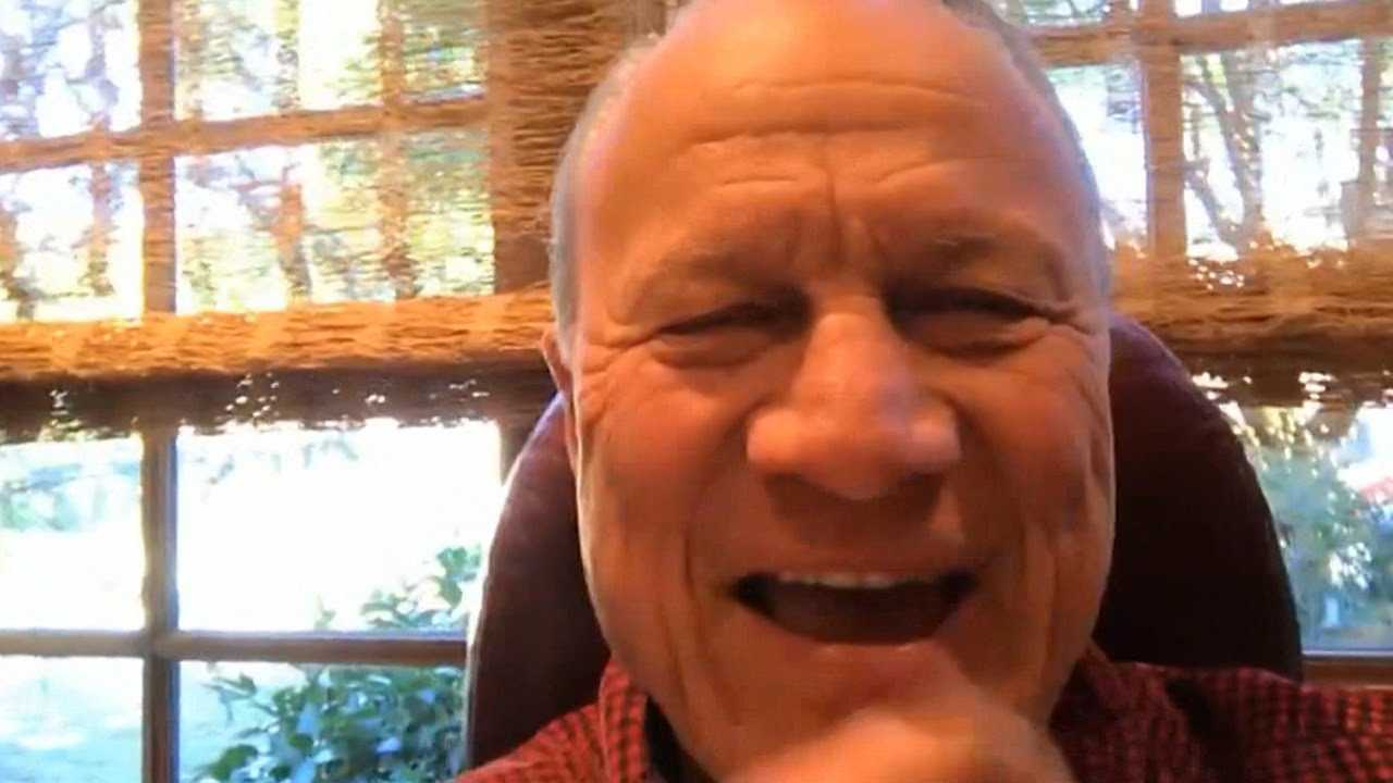 Barry Switzer -- Jerry Jones Asked Me About QB Situation ... Here's What I Said