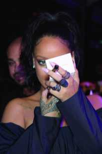 PARIS, FRANCE - SEPTEMBER 21: Rihanna attends the Fenty Beauty By Rihanna Paris Launch Party hosted by Sephora at Jardin des Tuileries on September 21, 2017 in Paris, France. (Photo by Dominique Charriau/Getty Images for Fenty Beauty) *** Local Caption *** Rihanna