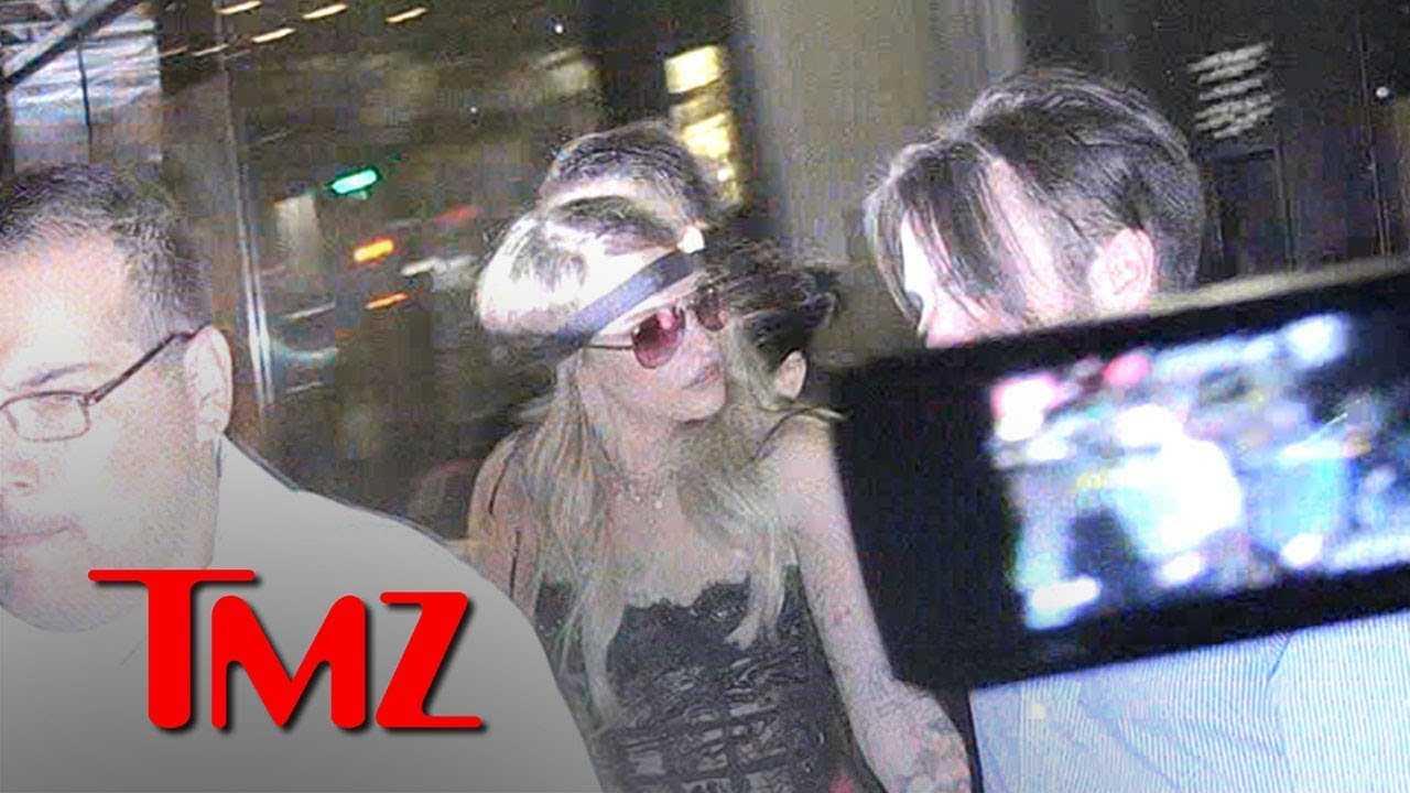 Paris Jackson Blasts Paparazzo for Calling Her 'Doo Doo Head' | TMZ