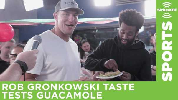 Patriots TE Rob Gronkowski taste tests guacamole