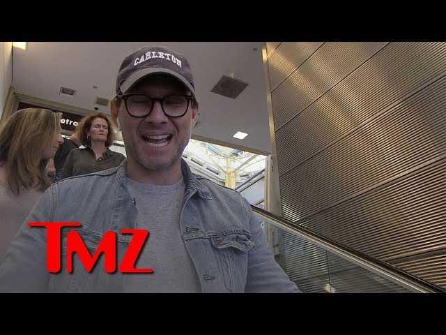 Christian Slater Calls Trump an 'Ass****' for Spending $300k on Putin Summit | TMZ