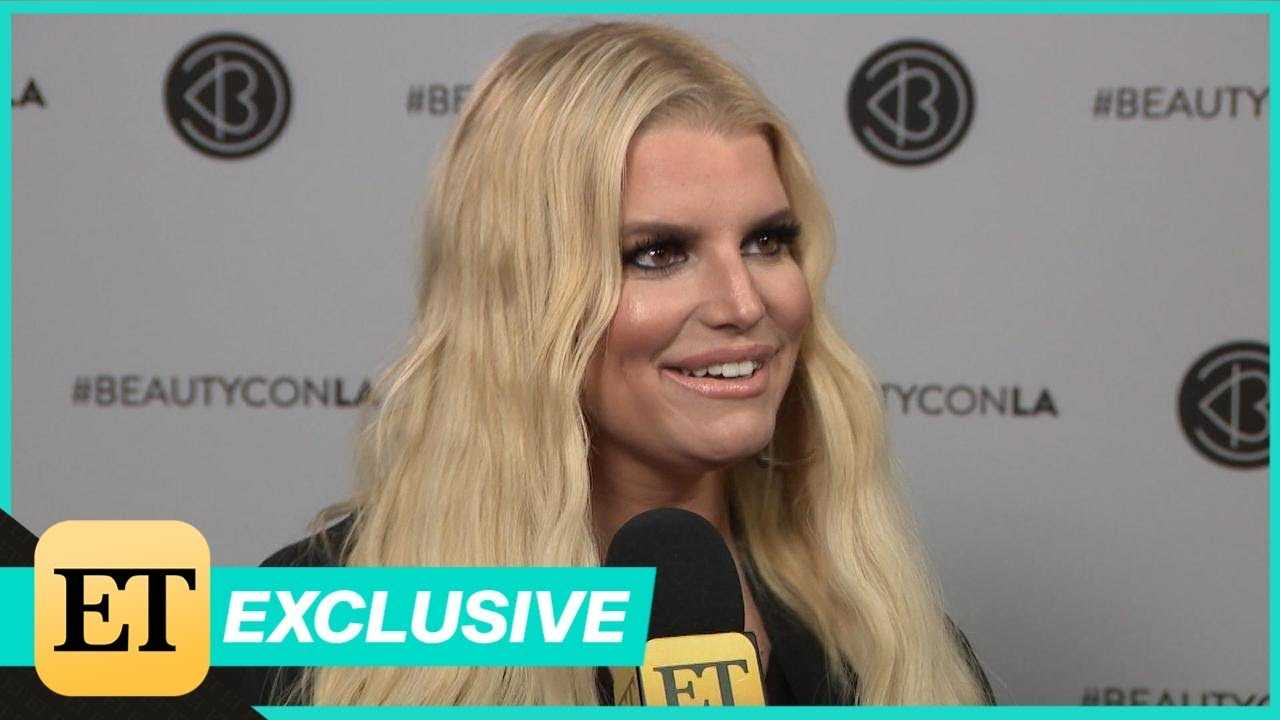 Inside Jessica Simpson and Daughter Maxwell's Adorable Day at Beautycon! (Exclusive)