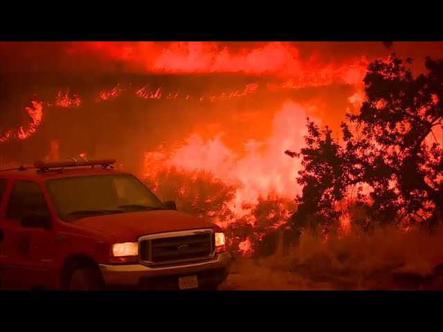 """""""Recipe for fire"""" amid extreme heat and wildfires in West"""
