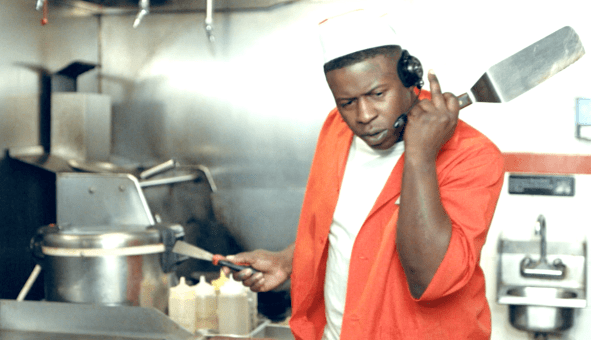 """BLAC YOUNGSTA TAKES OVER A FAST FOOD JOINT IN """"DRIVE THRU"""" [VIDEO]"""