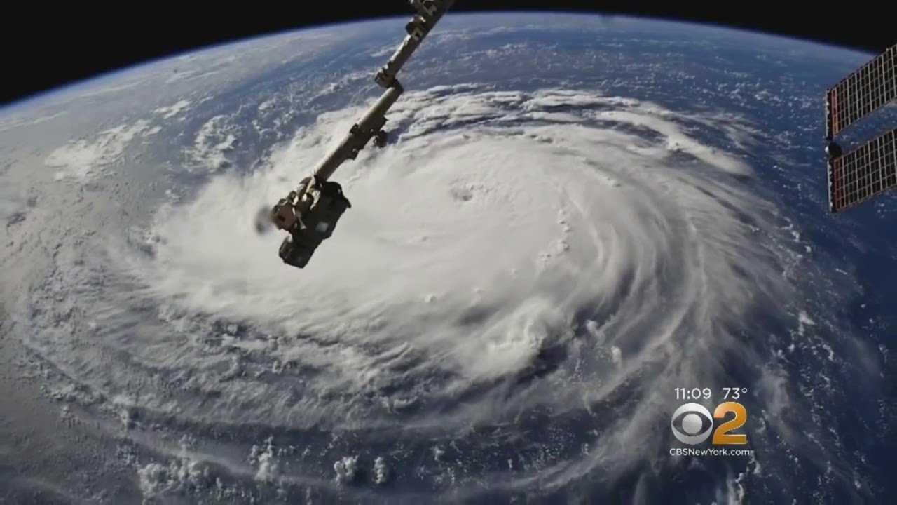 Dangerous Hurricane Florence Zeroes In On Carolinas