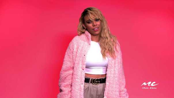 Pickup Up Lines with Dinah Jane [Video]