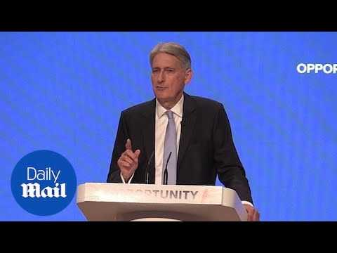 Philip Hammond attacks Labour ideology and reassures businesses