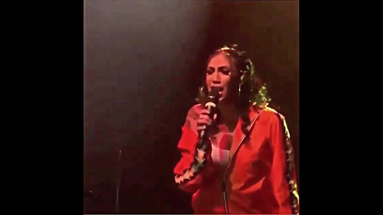 Queen Naija Performs New Gospel Song & Gives Special Prayer