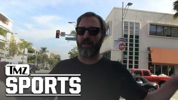 Tom Green Defends Kawhi Leonard's Laugh, Stop Shaming It!!