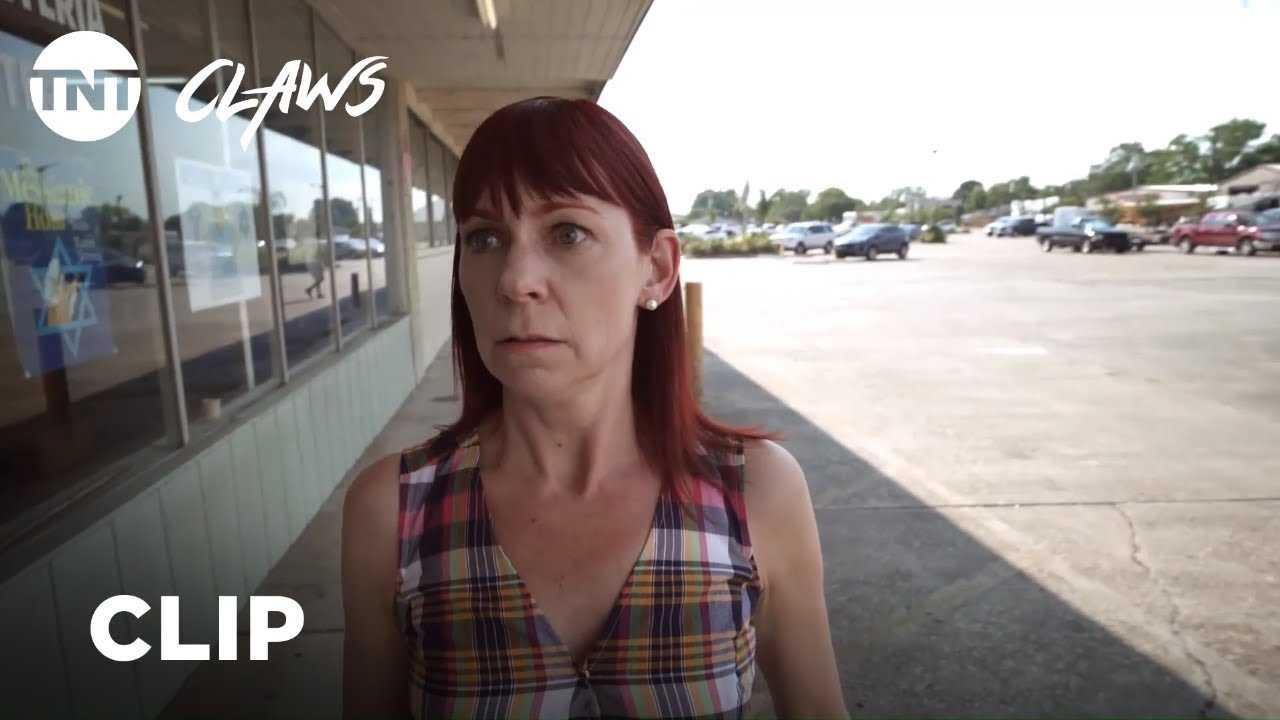 Claws: Polly's Breakdown - Season 2, Ep. 9 [CLIP]   TNT