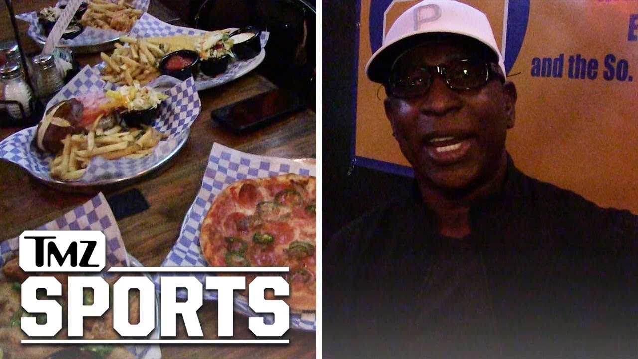 Eric Dickerson Shows Off His Special Menu For Rocco's Tavern | TMZ Sports