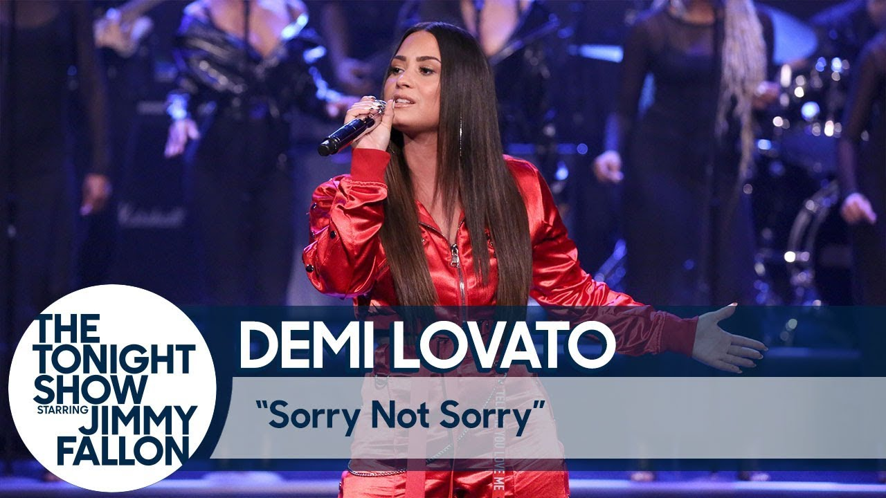 """Demi Lovato Performing """"Sorry Not Sorry"""" Live"""