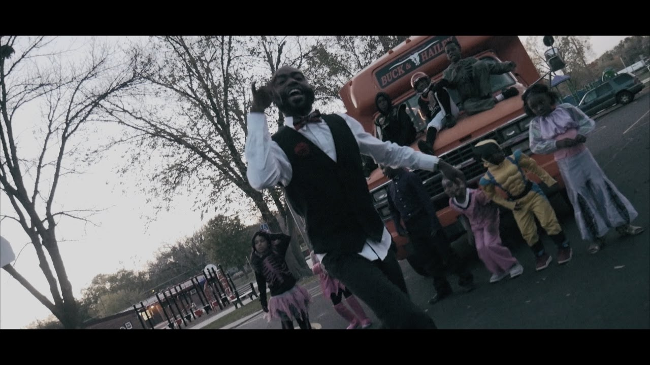 """Young Ezzy - """"In A Minute"""" [Video]"""