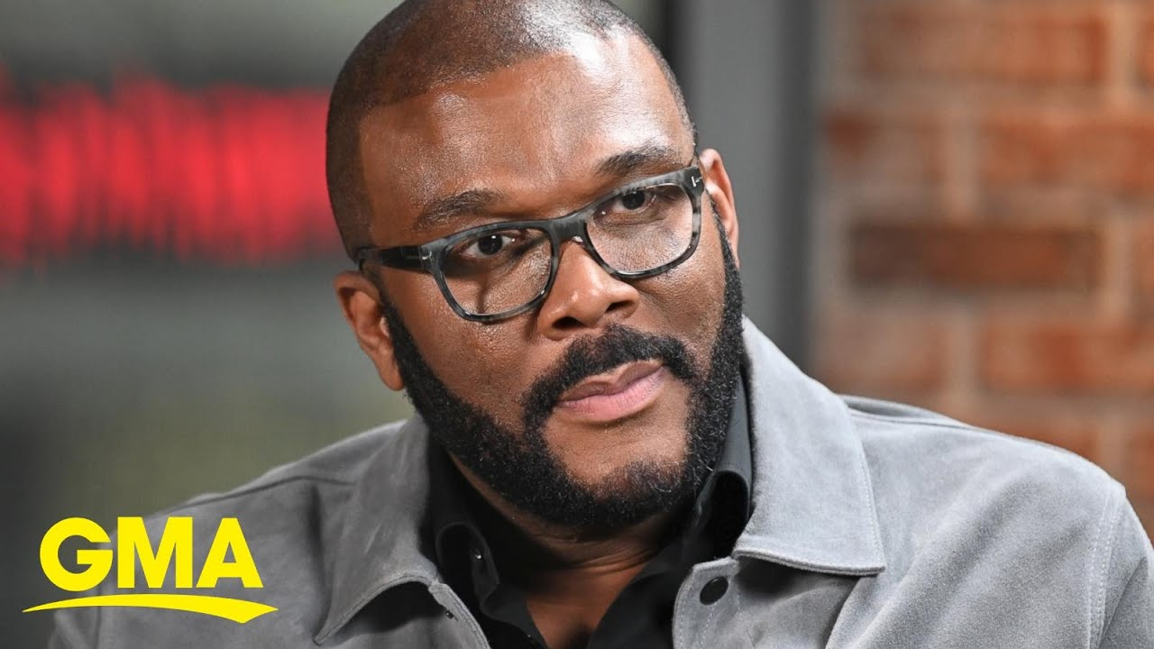 Tyler Perry gives 1,000 grocery gift cards to Atlanta residents