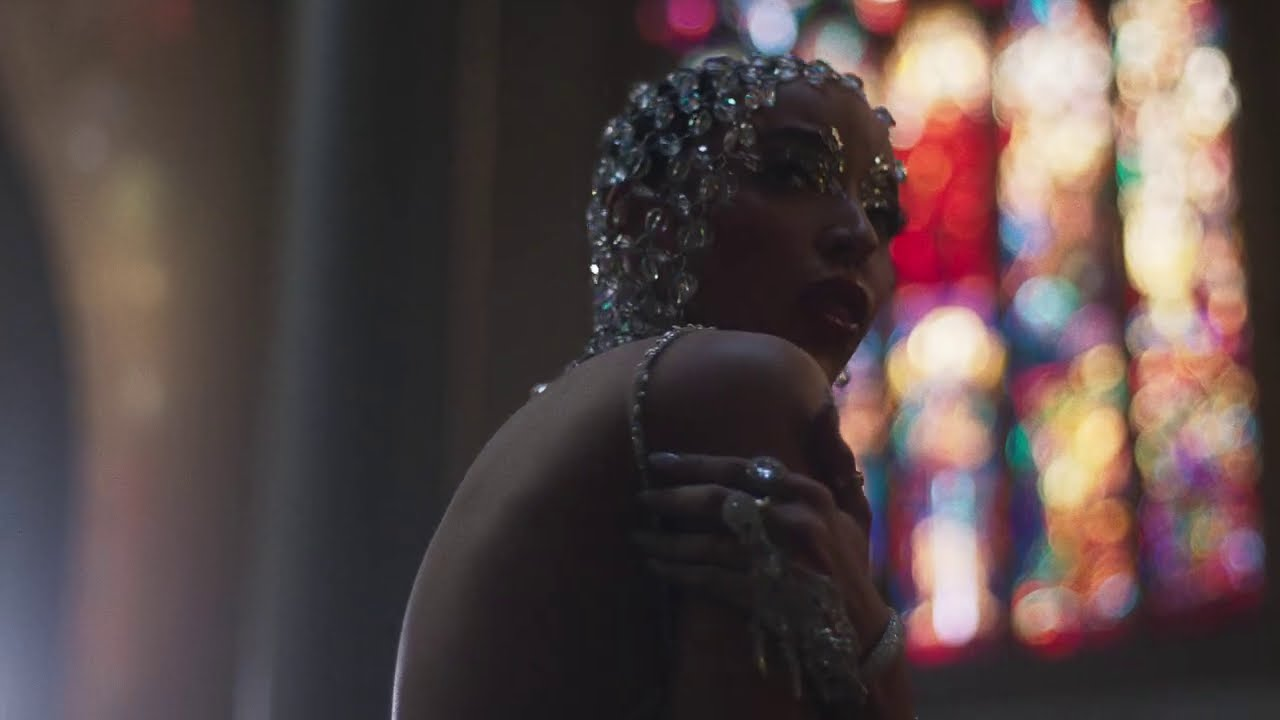 "Tinashe ""O Holy Night"""