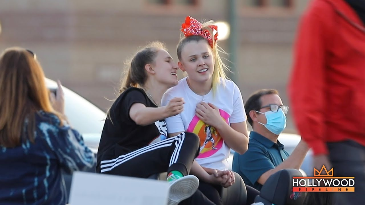 Jojo Siwa and Kylie Pew vibing at Queen Nation drive-in concert in Simi Valley