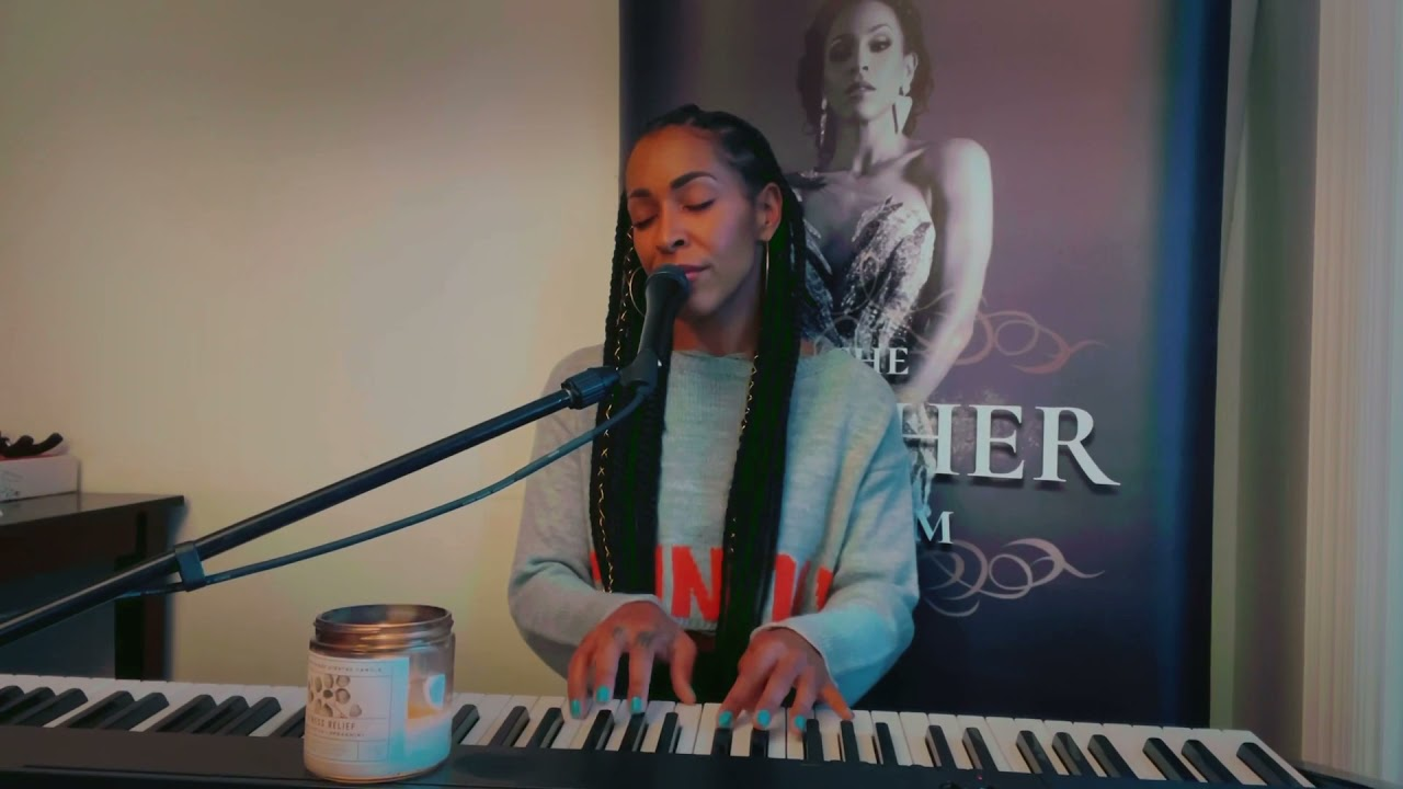 """""""What It Feels Like"""" live Amina Buddafly"""