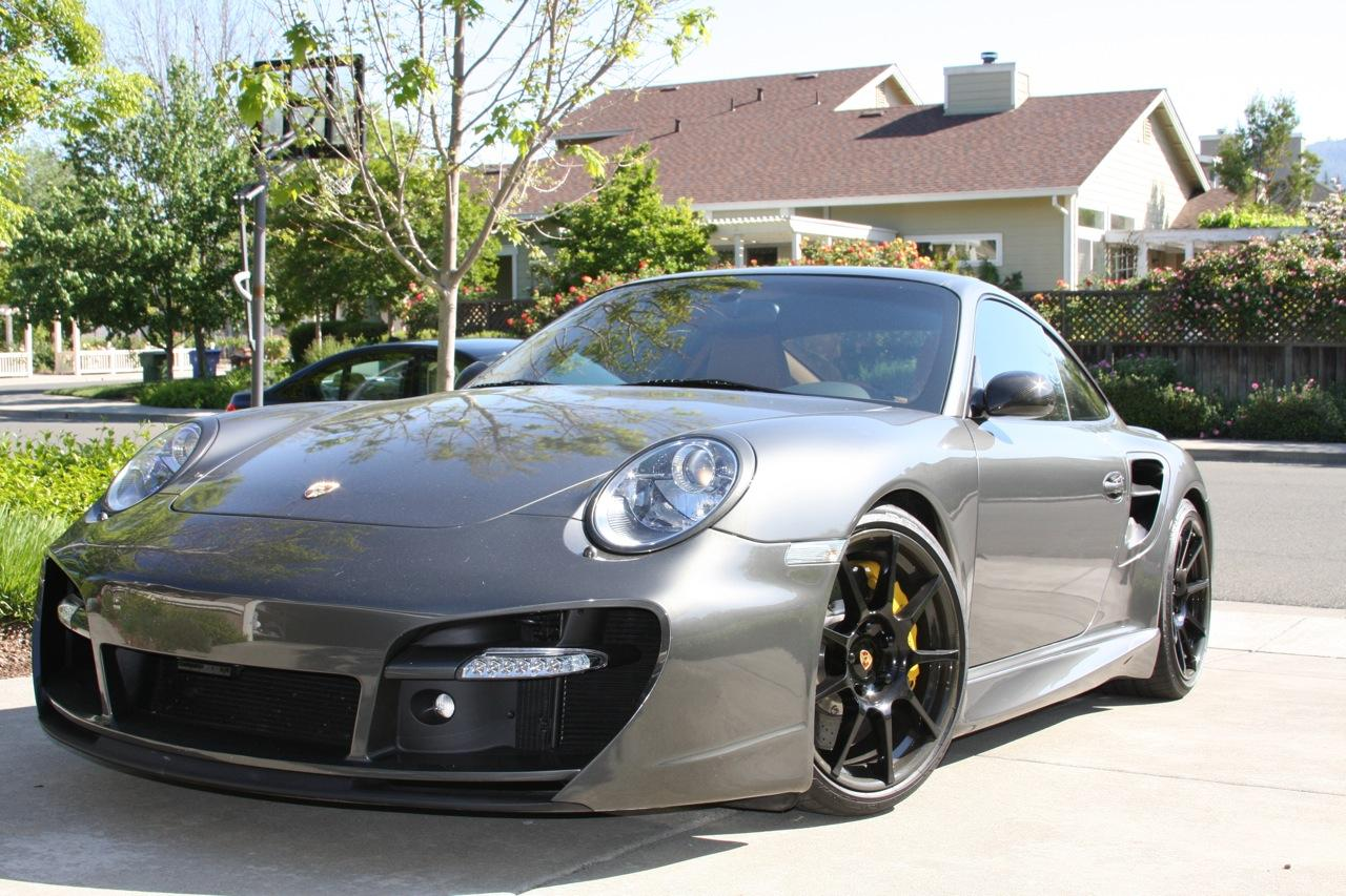 2007 Porsche Twin Turbo - front view