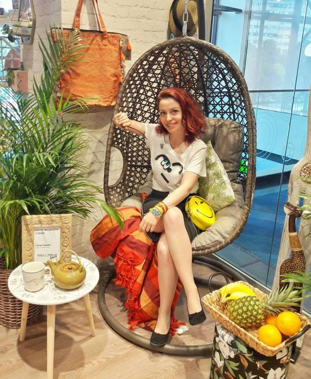 That's me in the spot. That's me in the corner... In the exotic corner - @ Meli Melo Deco