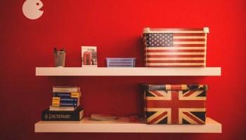 USA and UK flag boxes