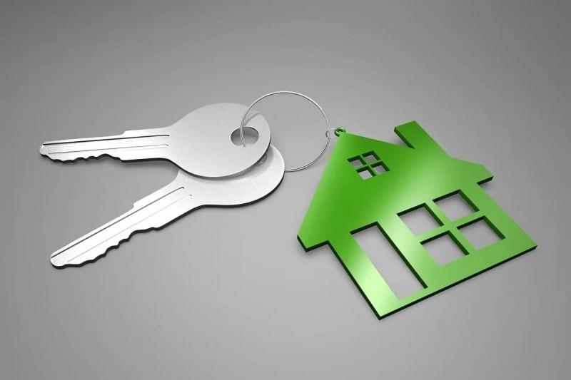 keys on a house keyring