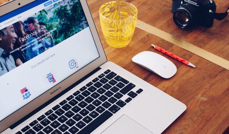 facebook review widget for website