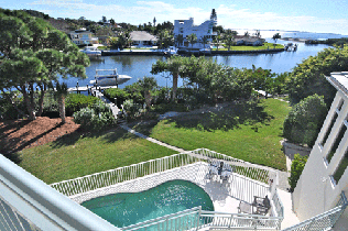 7102-hawks-harbor-circle-waterfront-home-for-sale