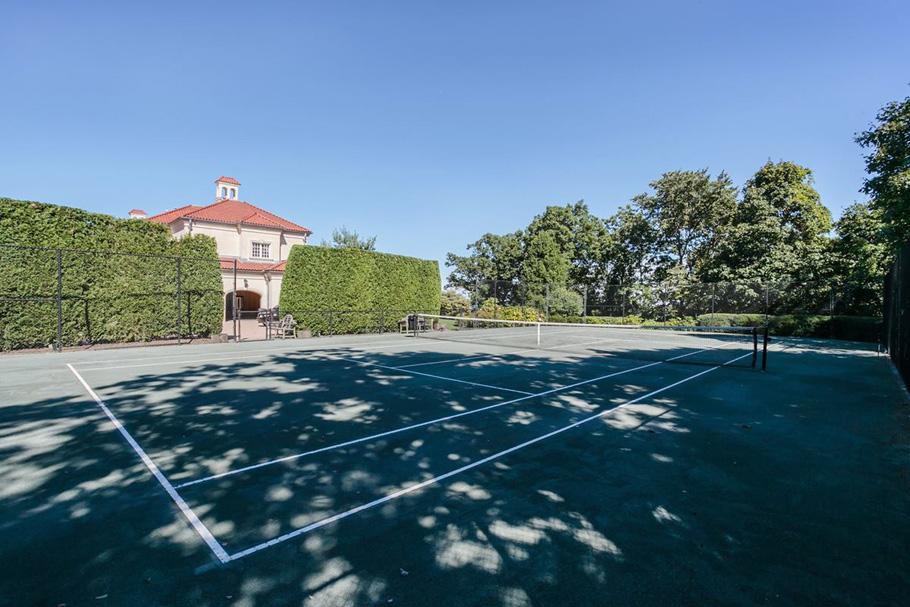 tenniscourt_1200