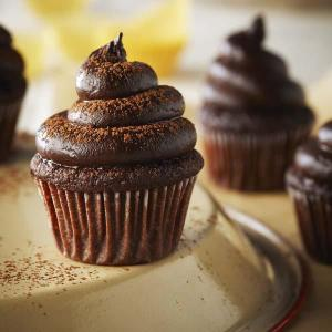 quinoa chocolate cupcakes with avocado icing