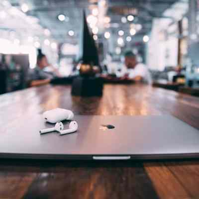 How to have a virtual video meeting