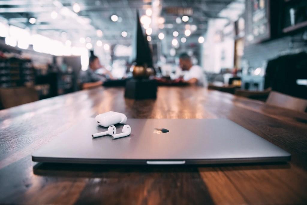 Virtual video meeting