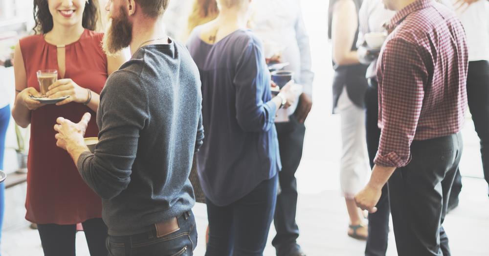 socially successful people go out alone to meet new people