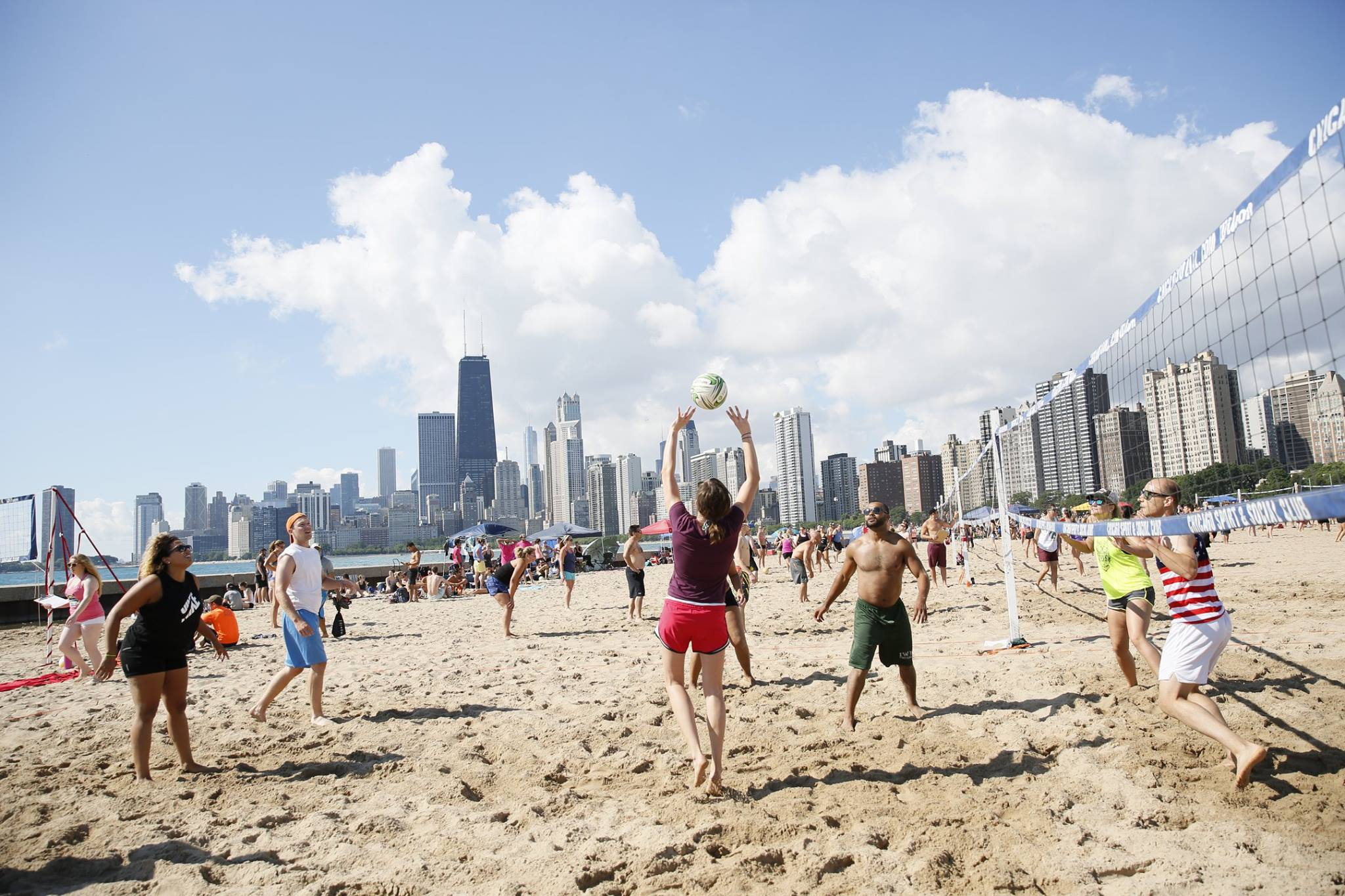 mix sports and socializing in chicago