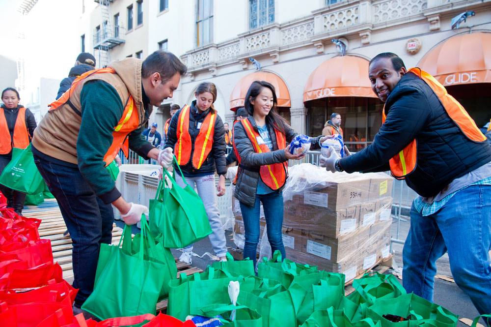 volunteer, help the poor and make friends in san francisco