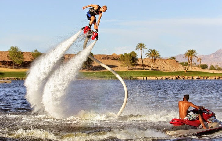 FLYBOARD LAS VEGAS AT LAKE LAS VEGAS is a great idea for meeting new friends in las vegas